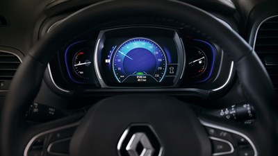 Renault KOLEOS steering wheel and dashboard
